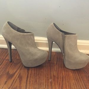 ShoeMint Mychele Suede Leather Booties - size 8